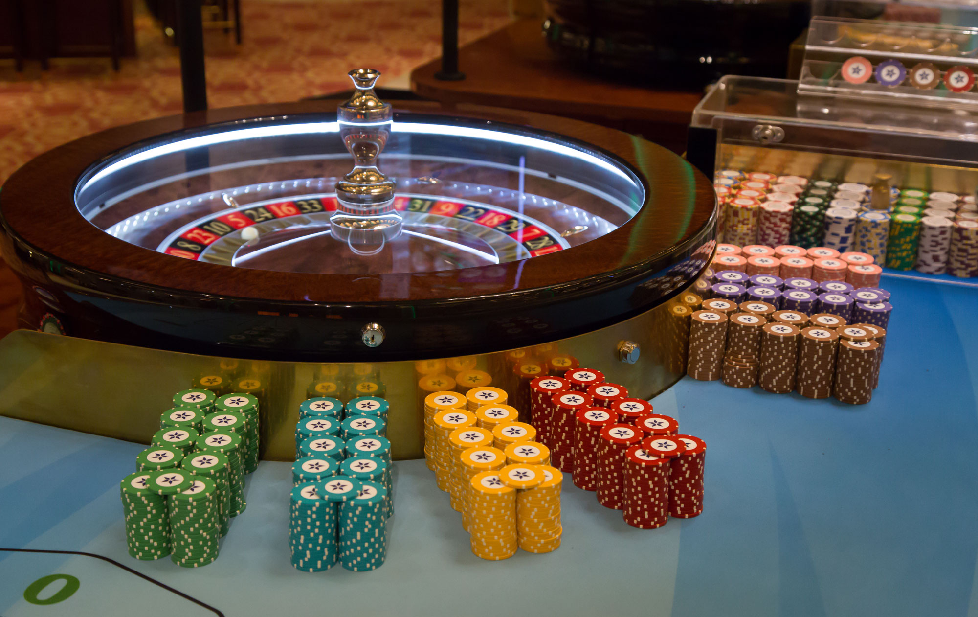 casino games names with images