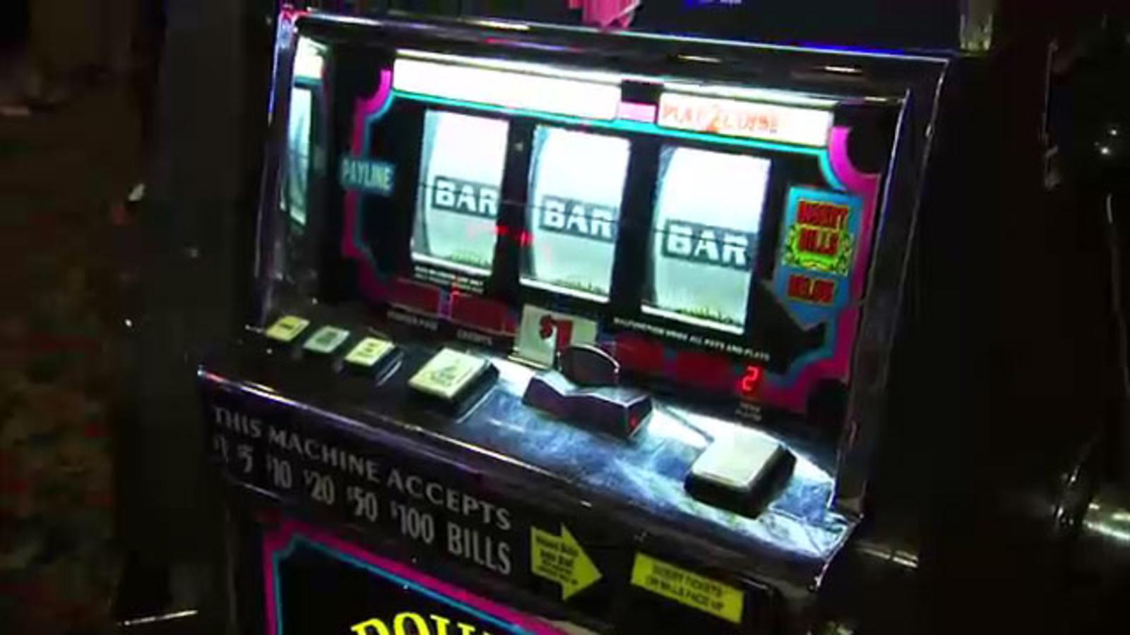 custom slot machine online